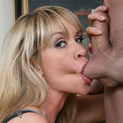 this cougar likes to suck college boy cock