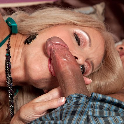 sex movies licking pussy